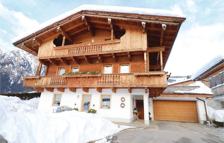 Holiday apartment with 1 bedroom on 42m² in Alpbach
