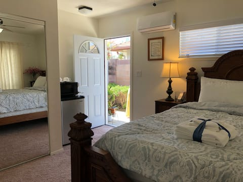 PRIVATE ENTRANCE - GUEST SUITE ON BALL & BEACH