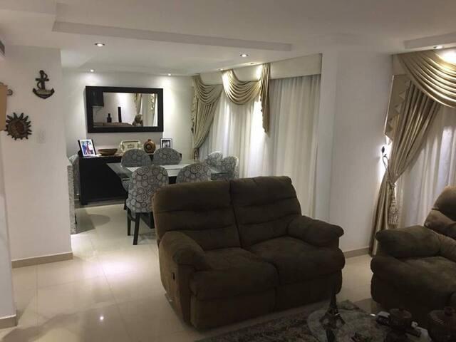 Apartamento Luxory , Bonita vista y familiar
