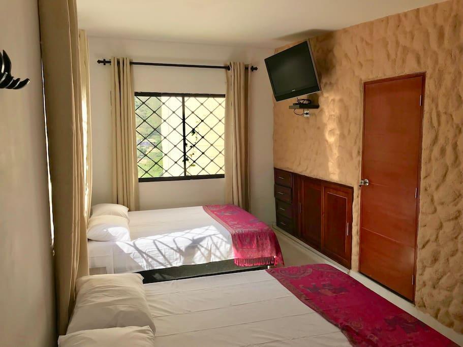 Dormitorio, Closet & TV