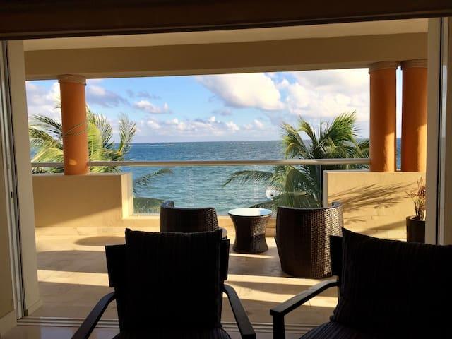 Ocean front luxury apartment. - Puerto Morelos - Apartamento