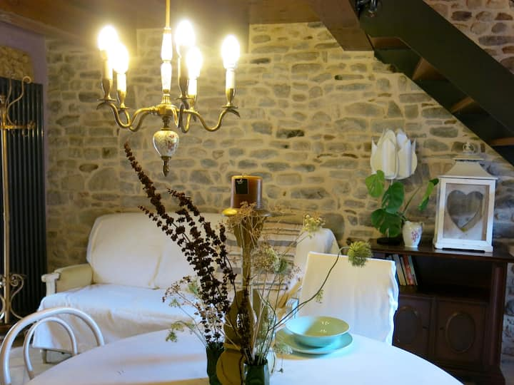 Appartamento Giuditta nel borgo di Monterone (AR)
