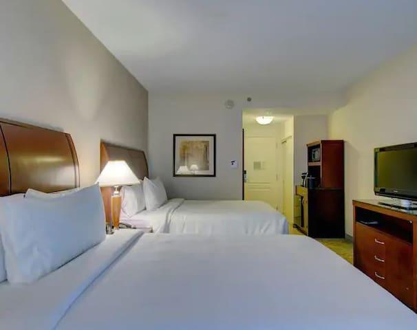 ✨ One Bedroom with 2 Queen Beds