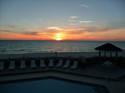 Gulf View, Pet Friendly Townhouse in Barrier Dunes