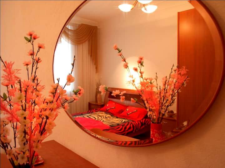 Двухкомнатная квартира в центре Днепра + Документы
