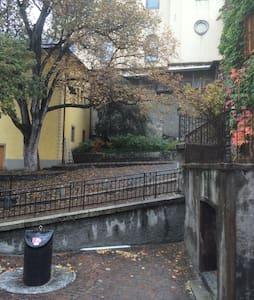 Barinel vieille ville - Sion - Haus