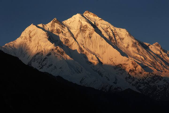 Home with scenic views of the Karakurams