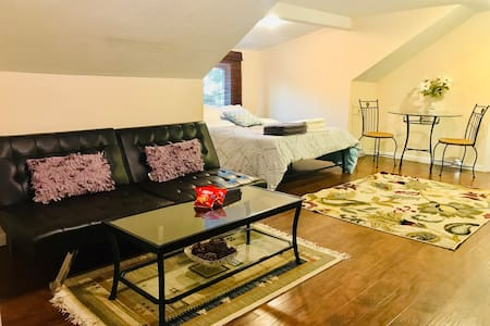 Brand New Suite in Downtown/UK Campus/Rupp Area