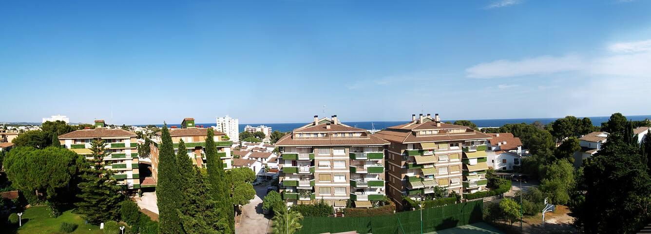 Dúplex con piscina y playa. Ideal familias. - Roda de Berà - Condominium