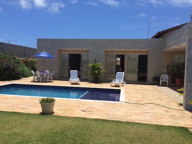 Descando Canto de Arembepe - Bahia - Camaçari - Condominium