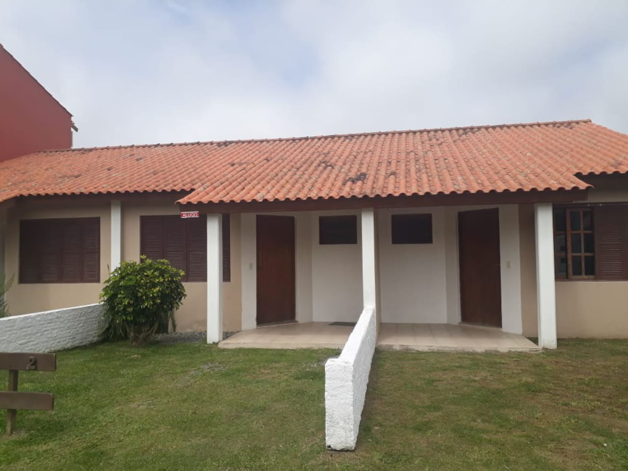 Casa 1 - Girassol  Casa 2 - Margarida Casa 3 - Violeta