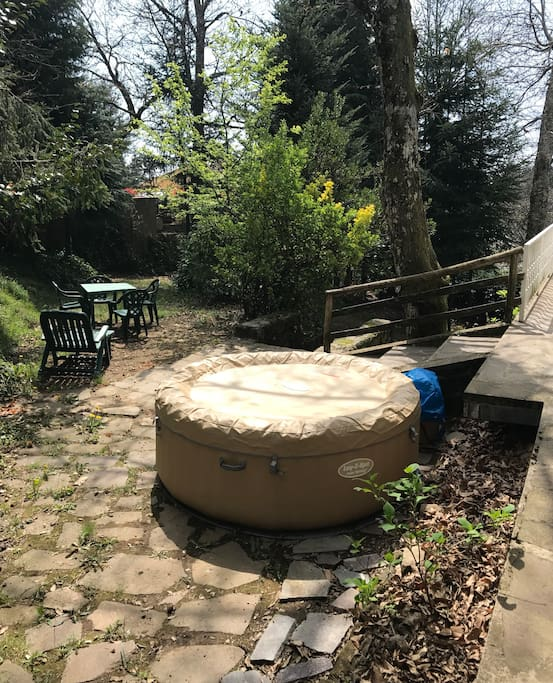 Hot external Jacuzzi pool 40° for 4 adults