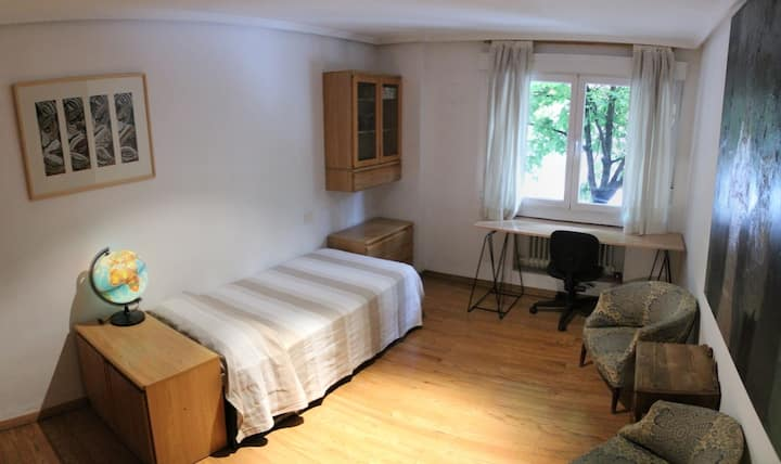 Private room, MADRID