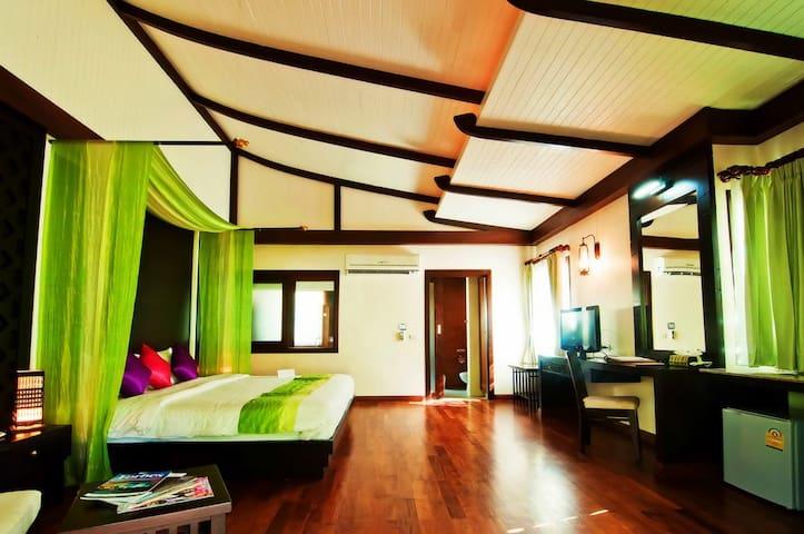 Excellent Hillside Villa! - Ao Nang - Villa