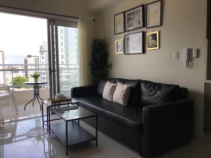 Paraiso - 1 Bedroom Luxury Furnished Apt