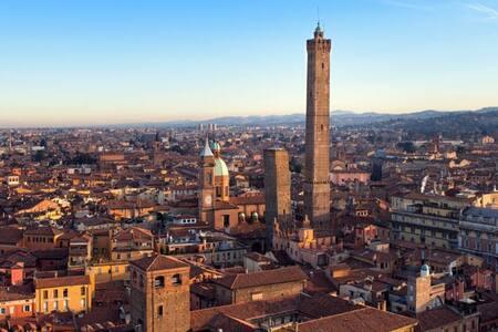 Camera nel cuore di Bologna - Bologna - Apartment