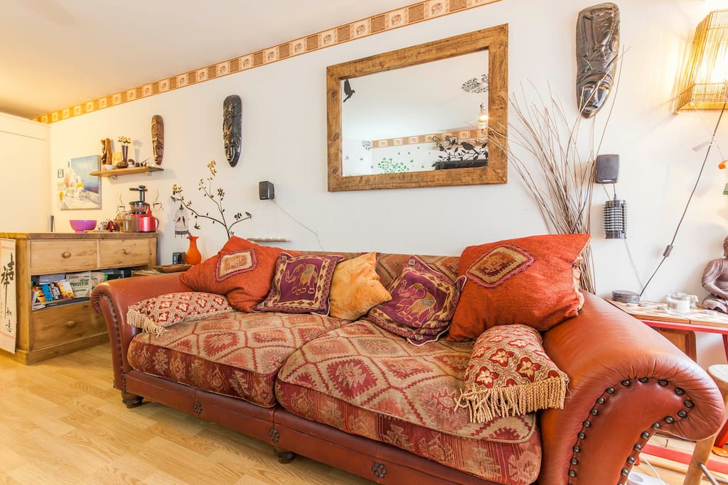 Amazing cosy moroccan riverside home wandsworth appart for Appart hotel londres