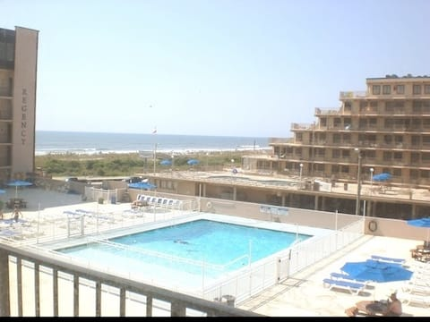 Regency N. Wildwood Beachfront