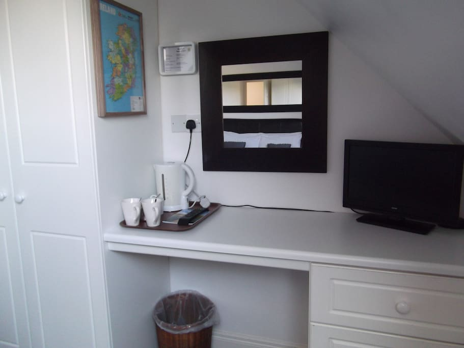 Tea & Coffee Facilities, Free Wi-Fi, Flat Screen TV