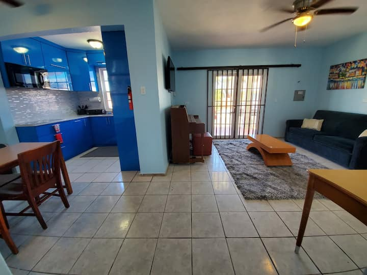 LARGE 5BR Sleeps 22 Guest with over 2000 SQ FT