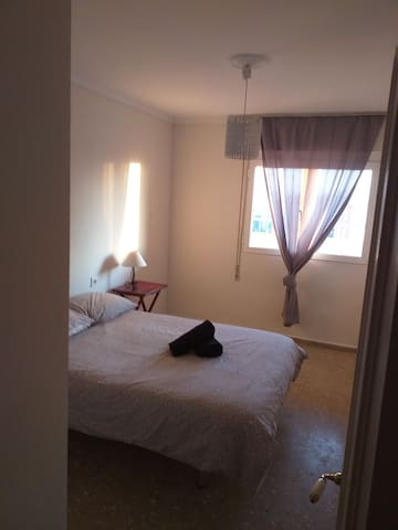 Double room, 2min walking from Gibraltar