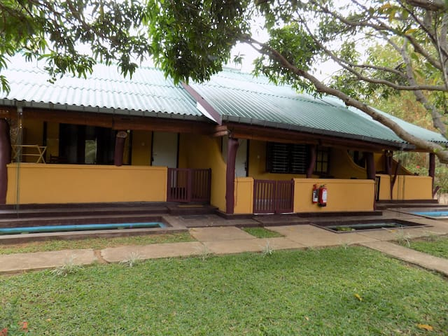 COMFORTABLE ROOMS  TO  STAY WITH NATURE - SIGIRIYA