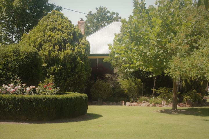 Lynrose Place - Stanthorpe - Hus