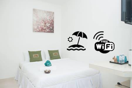Ibai Beach Guesthouse-DOUBLE DELUXE A2