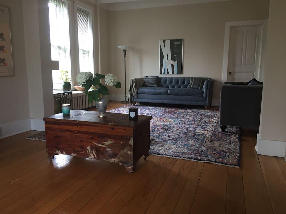 Living room - side 1