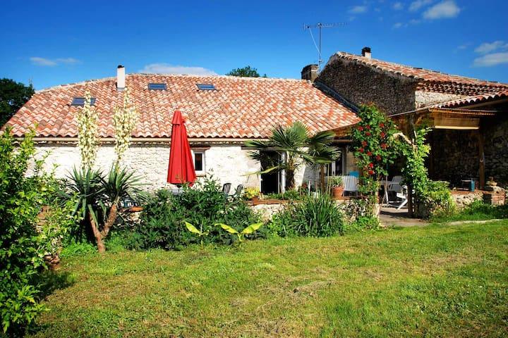 Studio Gîte Bérot, Occitanie, Sud Ouest France - Brassac