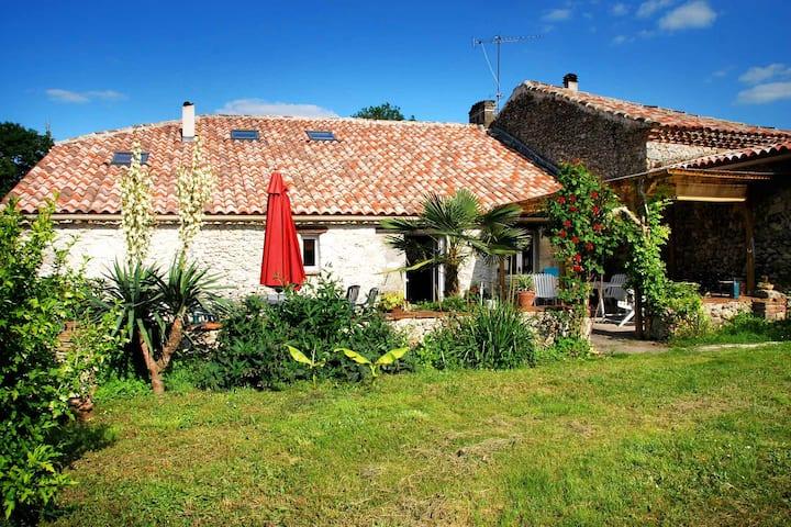Studio Gîte Bérot, Occitanie, Sud Ouest France