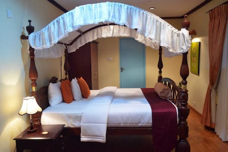 HillCrest Villa Nuwara Eliya - Super Deluxe room - Nuwara Eliya - Villa