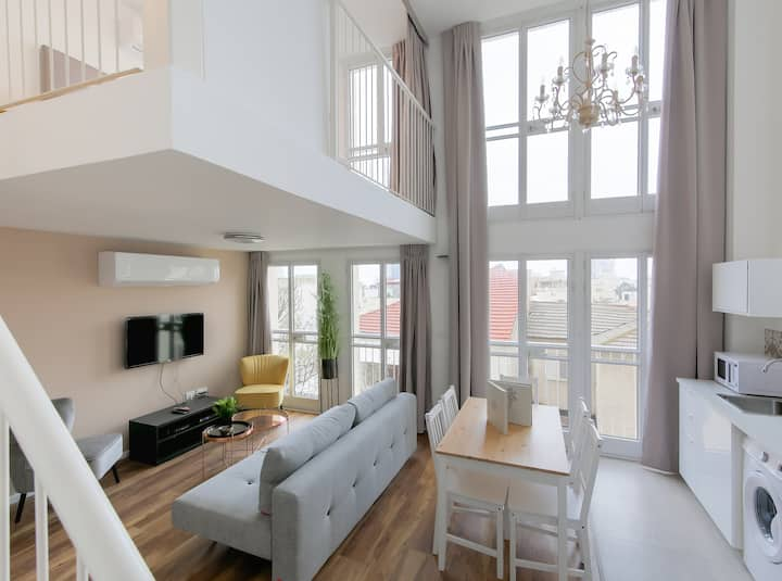 Stylish Duplex Apartment - Nahalat Binyamin Market