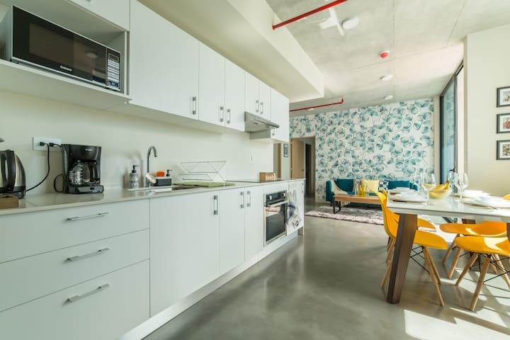 26th floor cozy apartment near a gastronomic area