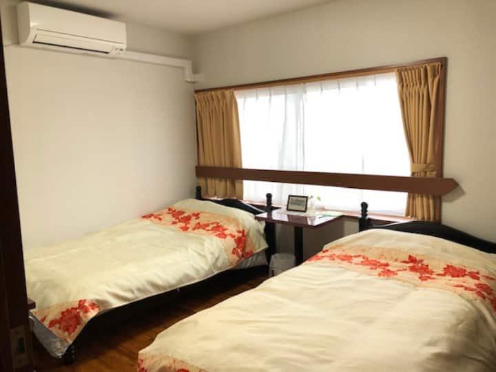 種子島の玄関口 西之表港から一番近い宿で交流も楽しめる宿です!