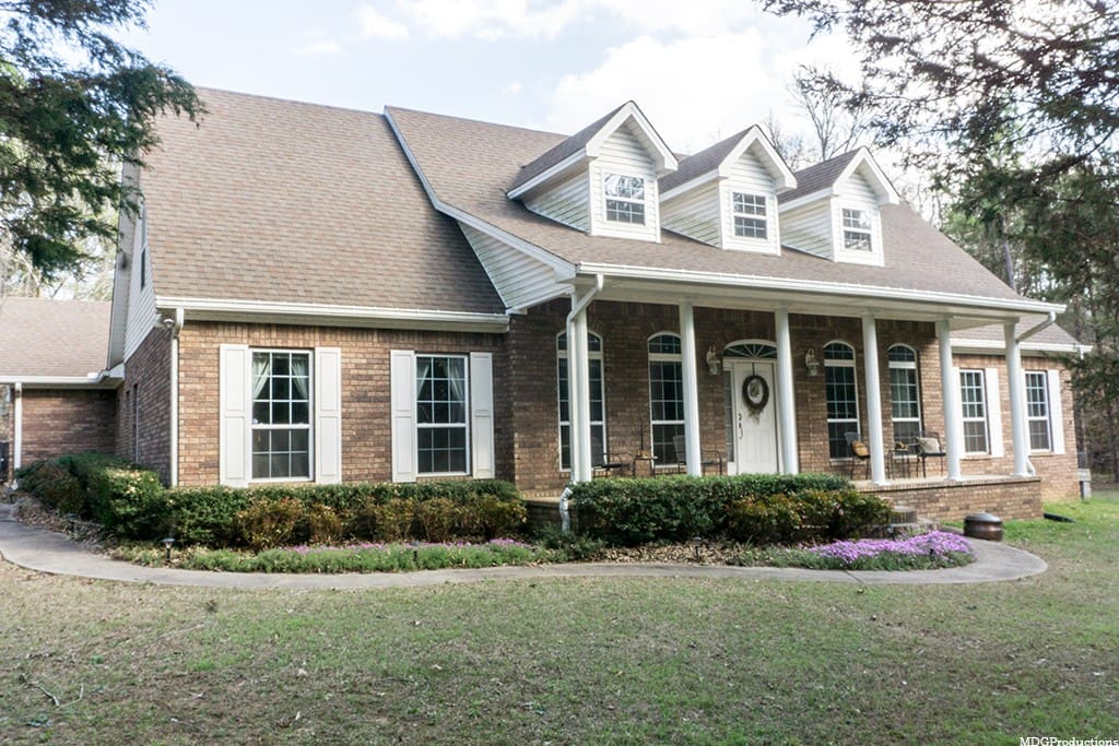 You're going to love our two-story colonial nestled in the Ozark National Forest!