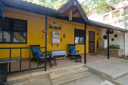 Jackfruit:peaceful cottage in farm - Bangalore
