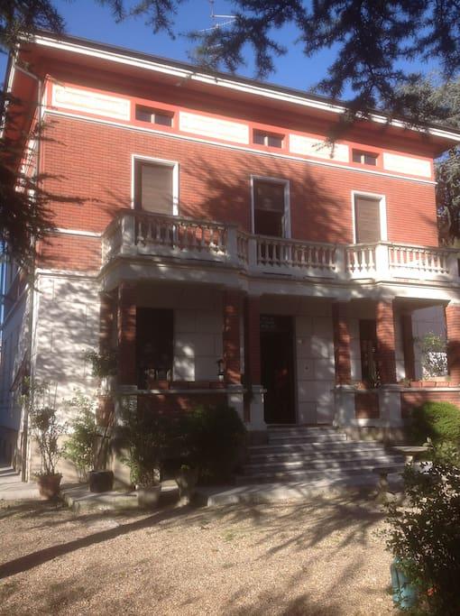 Villa Ilaria fronte