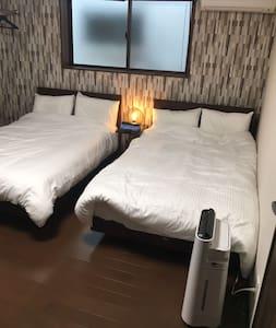 Stay & Cafe Ocean5 ポケットWi-Fi 厳原港徒歩5分 シアター&カフェスペース