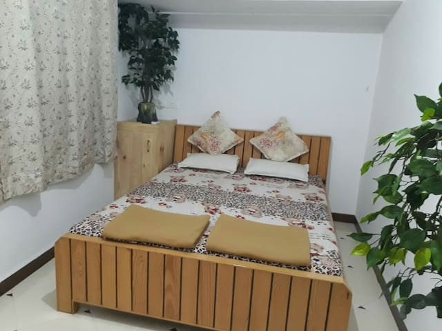 Bis-Lin 4  Standard  Deluxe Home Stay.