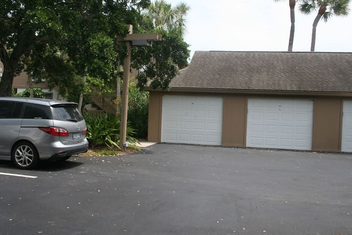 Guest and garage parking