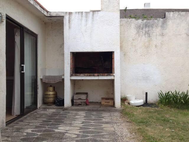 """CAMINANDO"" Casa - A pasos de la Balconada."