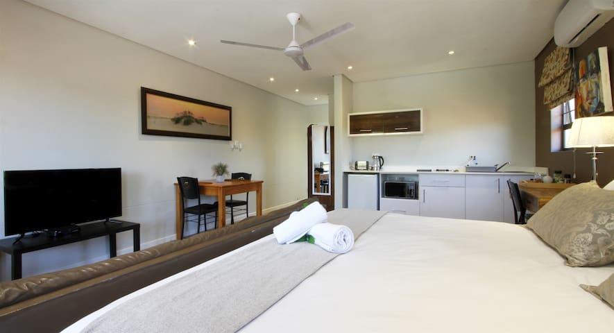 Casa Ridge ..Upmarket self cater accommodation