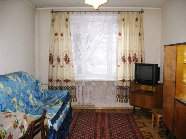 1-комнатная квартира в центре города - Naberezhnye Chelny - アパート