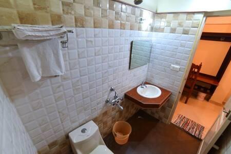 Single Room Vashanth Krishna Nagercoil