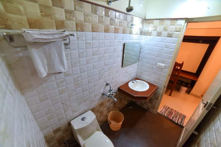 Single Room Vashanth Krishna Nagercoil