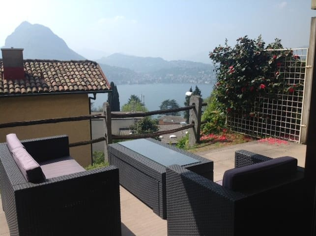 Sunny appartment with lake view near Monte Bre - Lugano - Osakehuoneisto