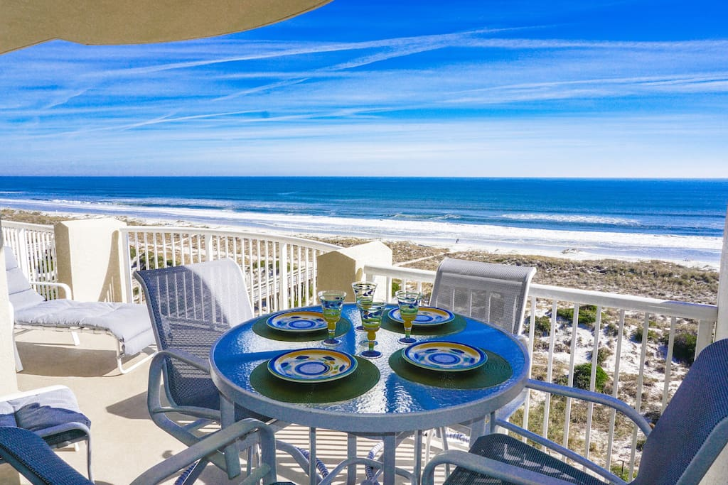 Enjoy your meals on the covered porch while enjoying the panoramic view of the ocean.