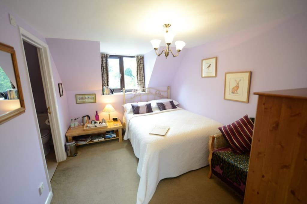 Double  room en suite shower small but comfortable private room