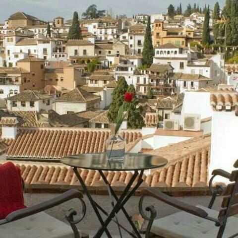 Alhambra Suite